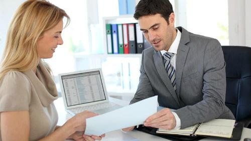 Как взять кредит с задолженностью на наиболее выгодных  условиях