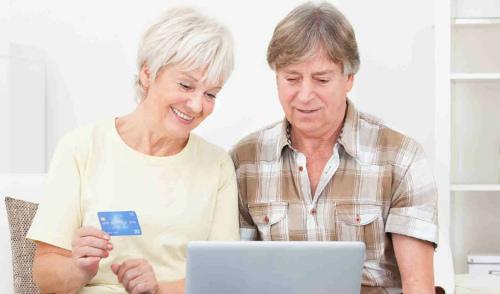 Дебетовые карты для пенсионеров с льготным обслуживанием